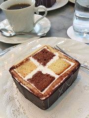 マッターホーン(@学芸大学駅近く)で、ケーキ